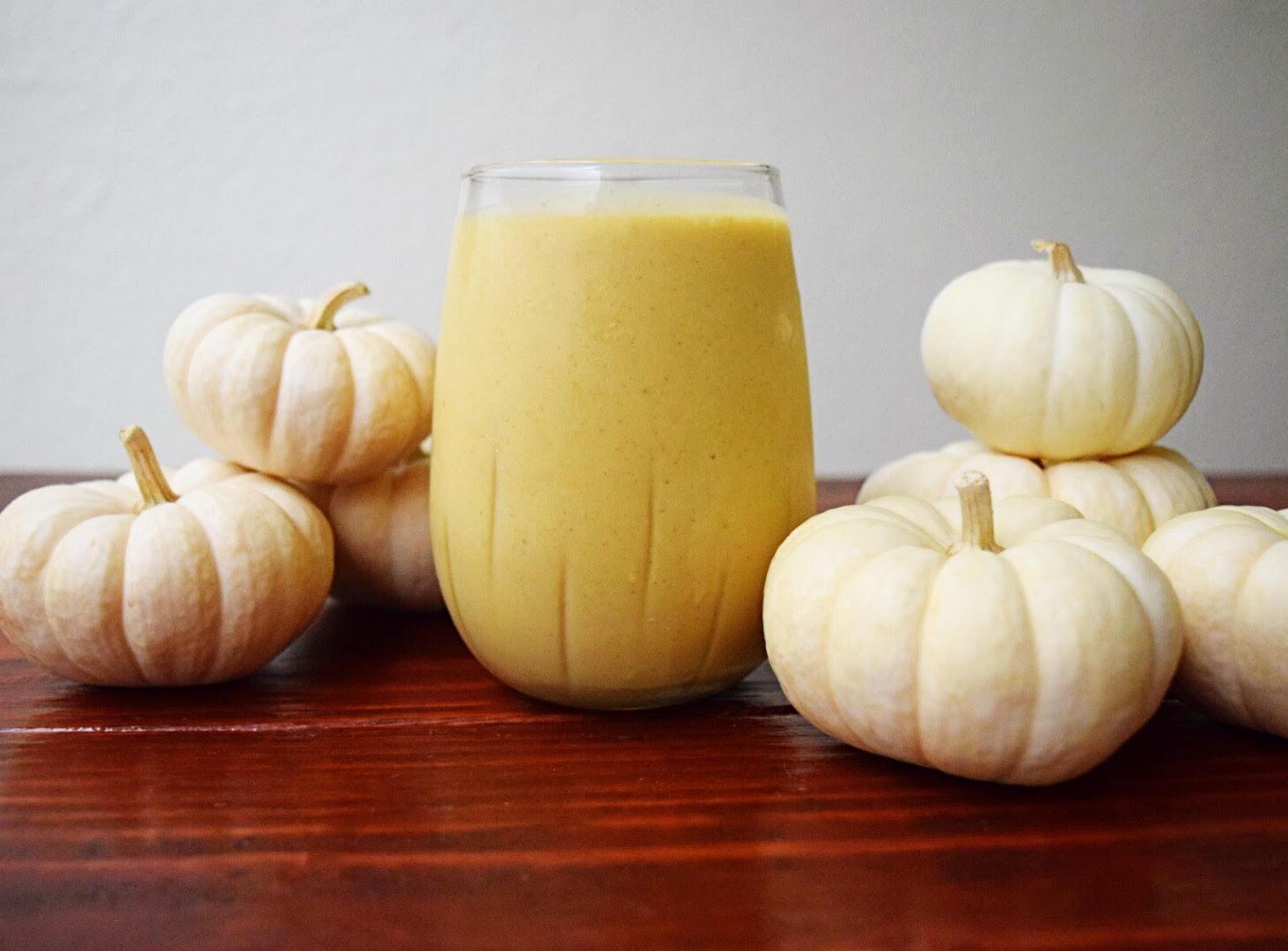 pumpkin pie breakfast smoothie